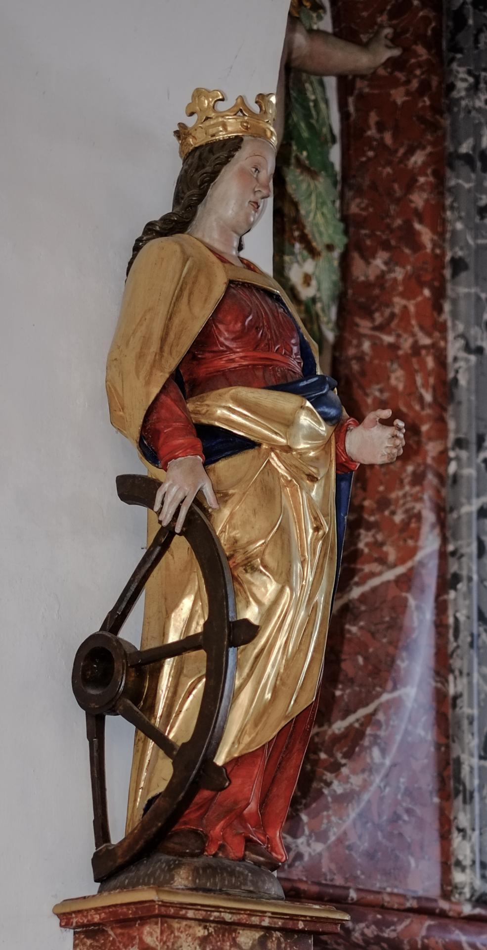 Die hl. Katharina mit dem vom Blitz zerstörten Rad