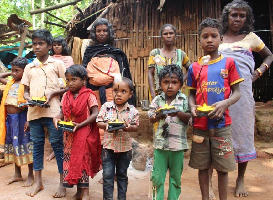 Solar-Lampen und Abendschule von CTRD in Narangamula