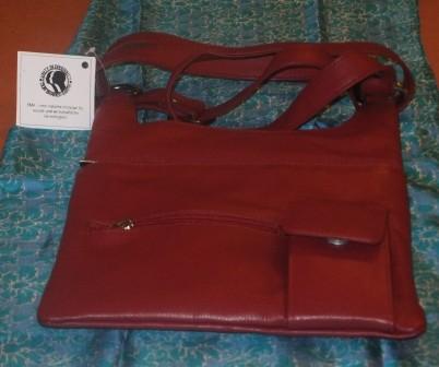 Damenhandtasche-rot-EMA.JPG