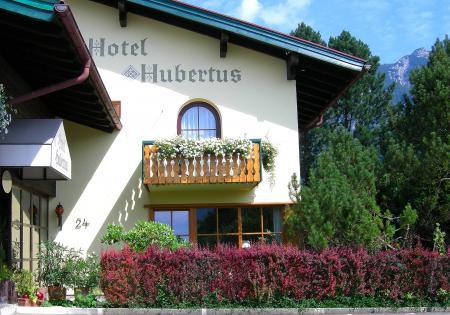 Hotel Hubertus Garni Aussenansicht