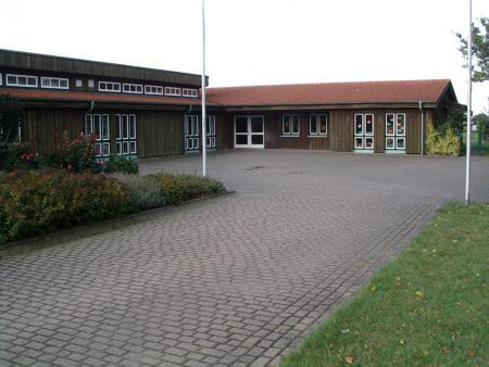 Dorfgemeinschaftshaus Titelbild.JPG