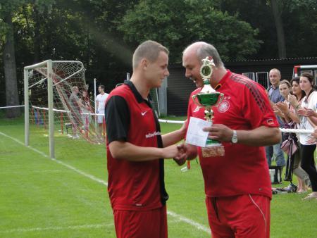 Steven Herfort erhält den Sommer Cup