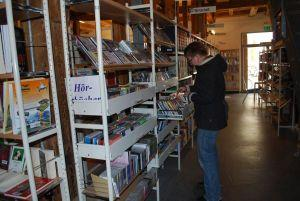 DVD, Hörbücher, Videos