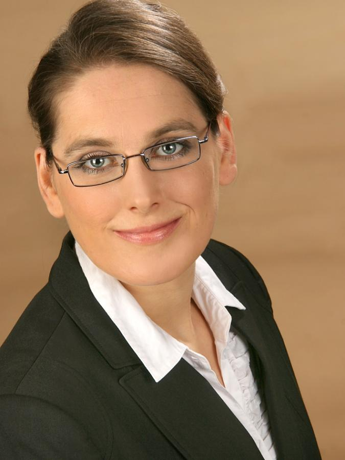 Dr. Kathleen Hielscher