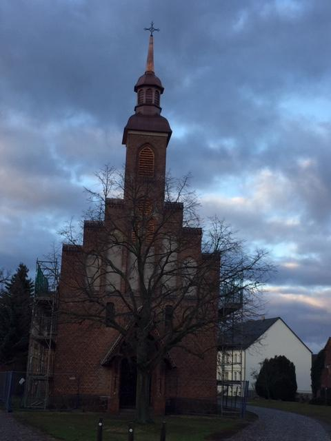 Kirche Lühsdorf (Foto: Helmut Theo Herbert)