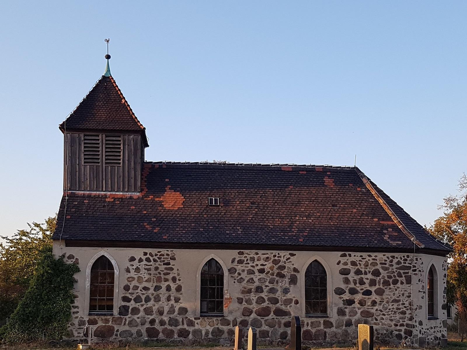 Kirche Schwabeck (Foto: Petra Richter)