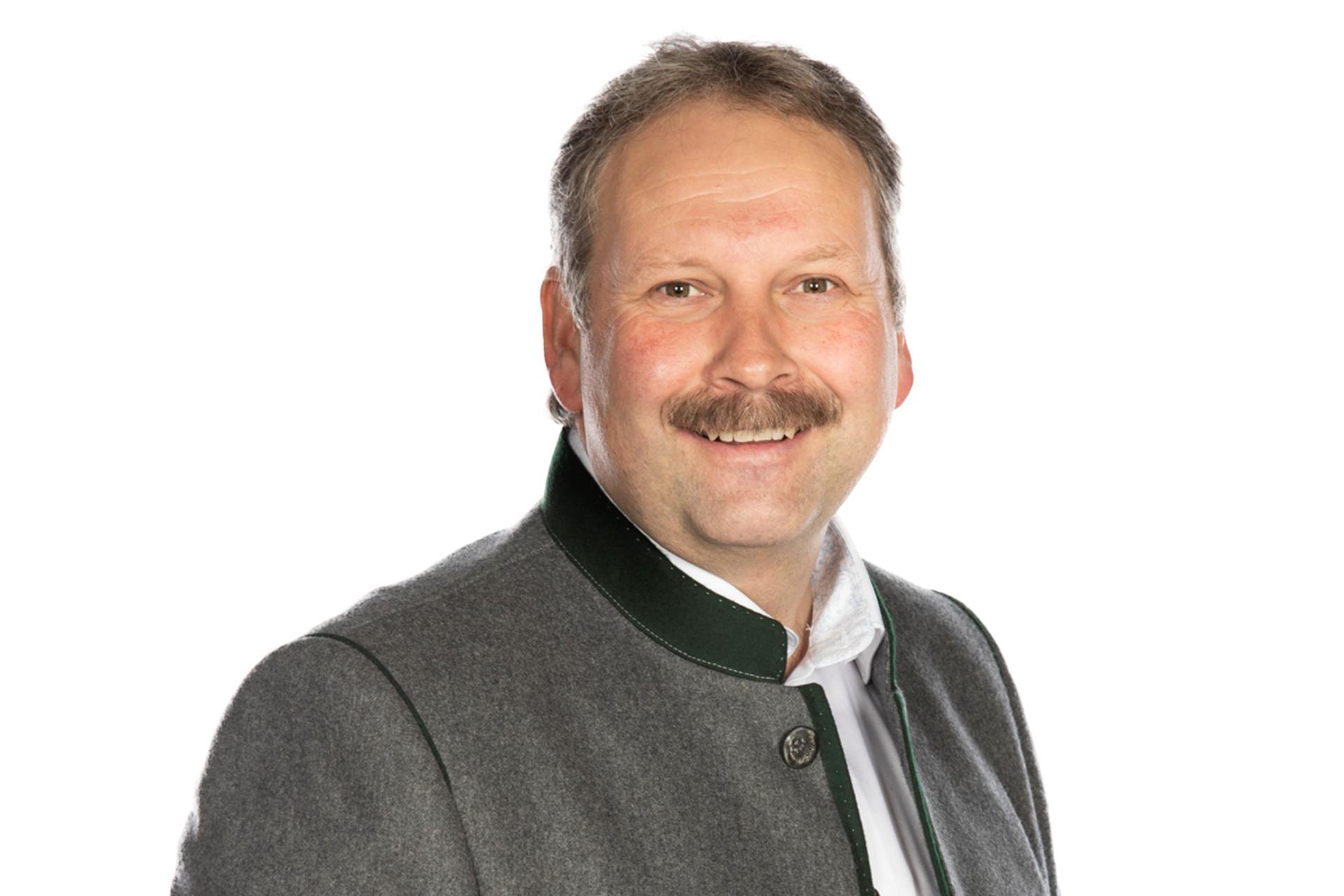 Bernhard Schindler