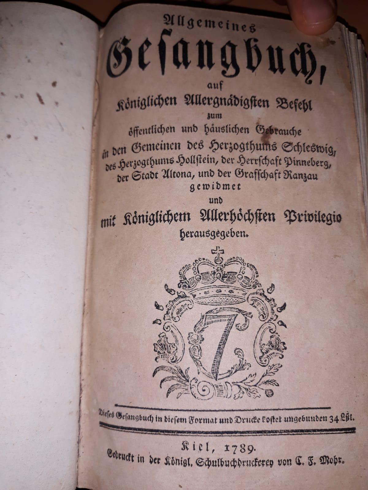 Gesangbuch 02