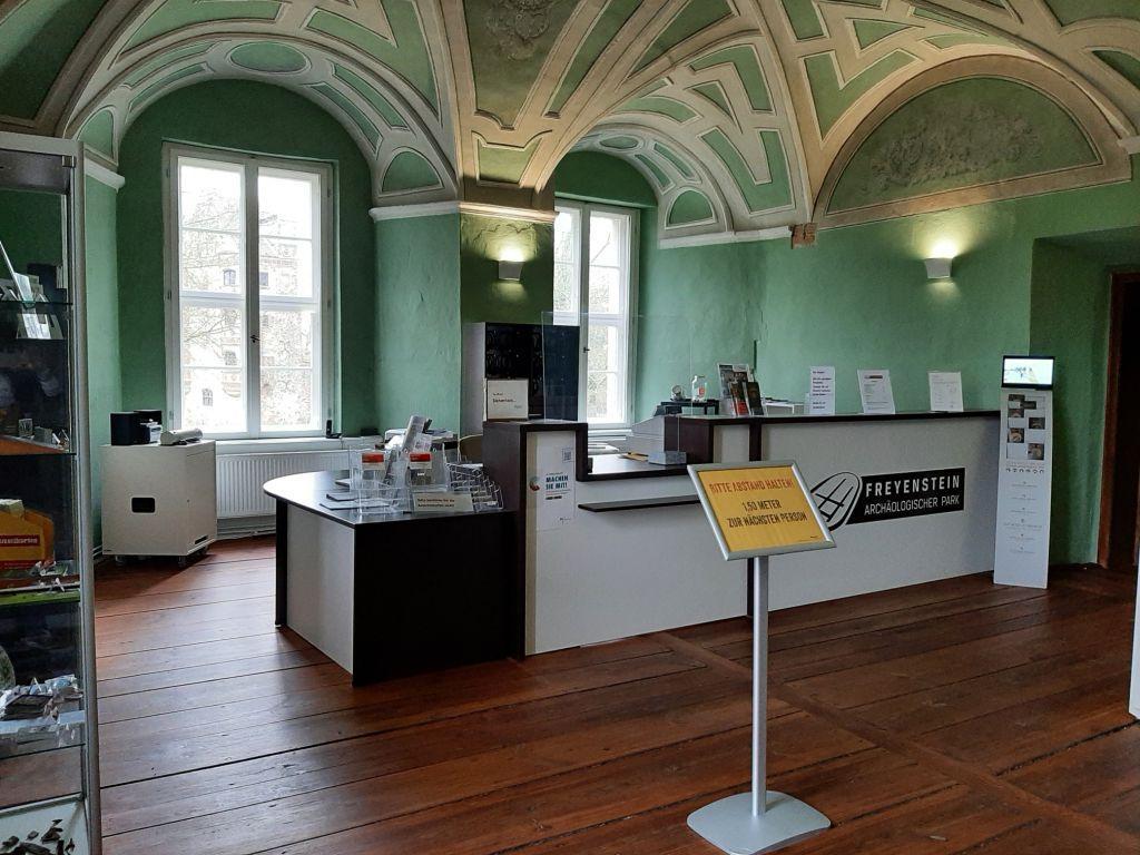 Besucherinformation im Neuen Schloss