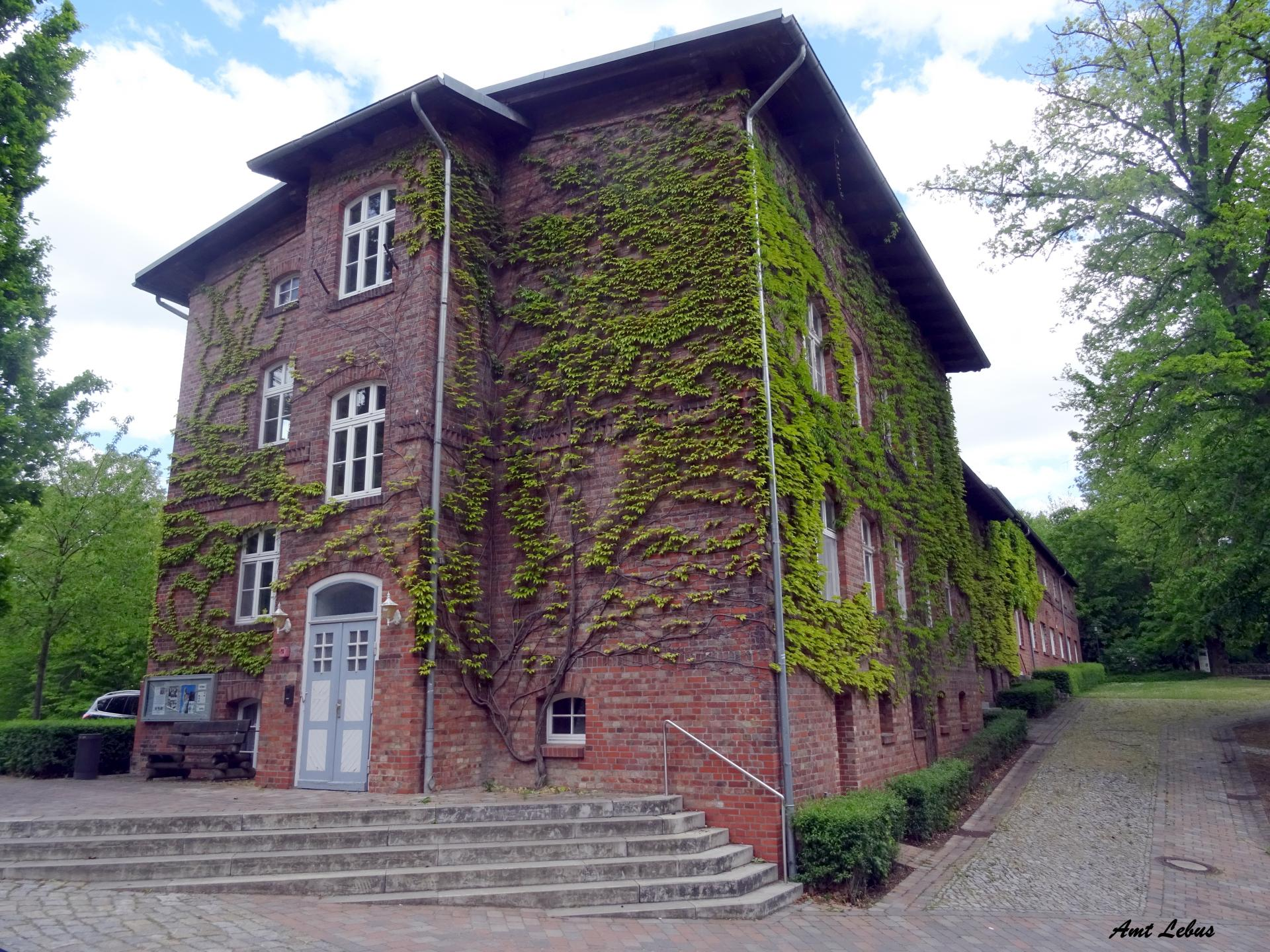 Amtsverwaltung Lebus  Foto: Info Punkt Lebus