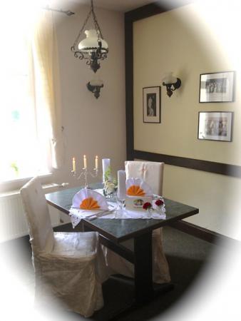 Ein Tisch für Verliebte