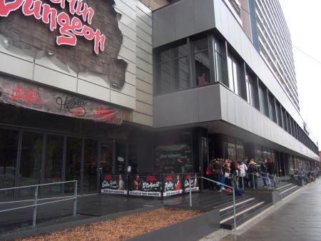 Eingang zum Dungeon.JPG