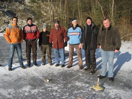 Eisstockschießen-Jan-2009 (6).JPG