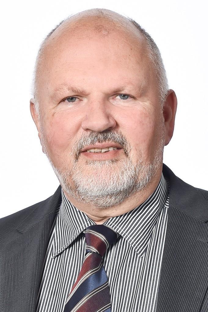Dr. med. Bernhard Wiegel