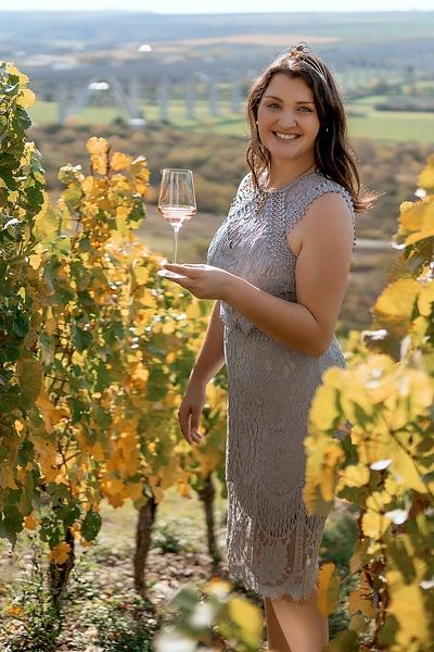 Gebietsweinkönigin Annemarie Triebe (Foto: Weinbauverband Saale-Unstrut)