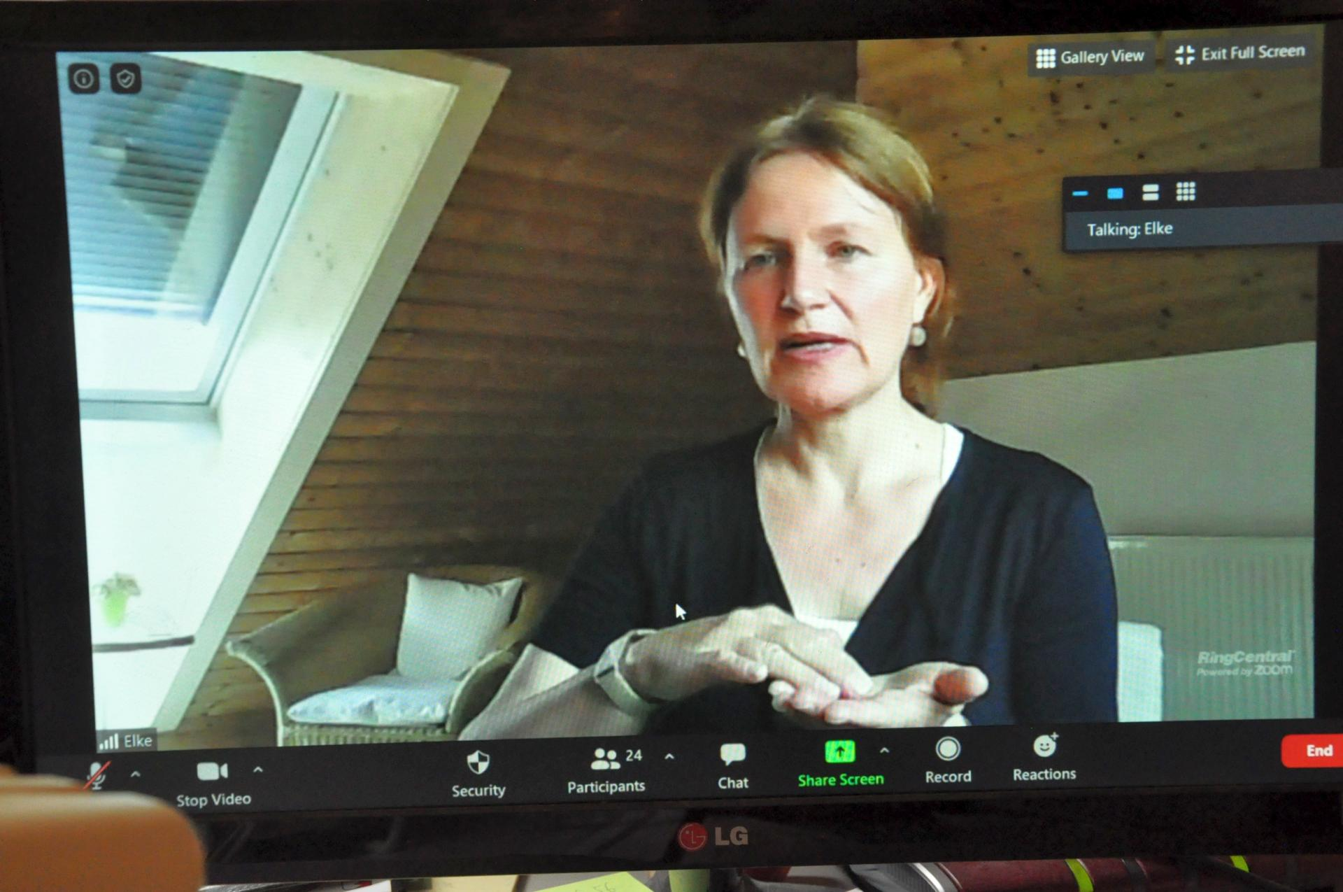 Elke Rosenzweig - Online