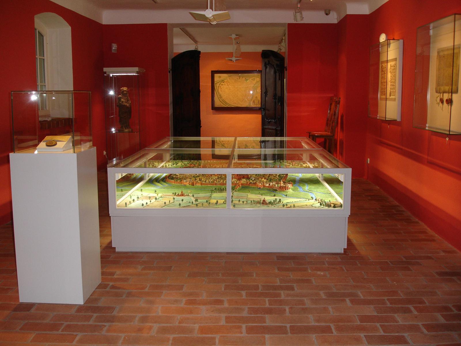 Blick in die untere Ebene des Ostprignitzmuseums