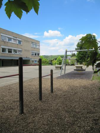 Schule neu
