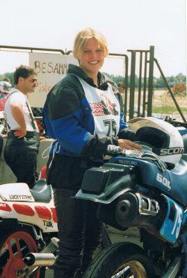 1991 - Eva beim Frauen-Motorradrennen in der Schweiz