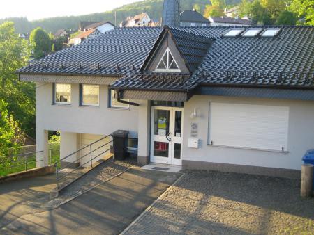 Gemeindehaus Hatzfeld.JPG