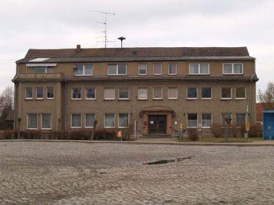 Gemeindehaus mit Wohnungen