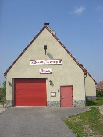 Gerätehaus FFw Retzow.JPG