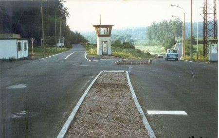 Grenzeinfahrt Eisfeld 1.Kontrollpunkt.jpg