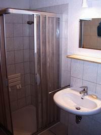 Bad im Erdgeschoß (Altersgerecht)