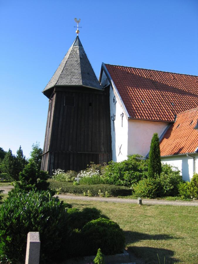 002_Kirche in Sieverstedt