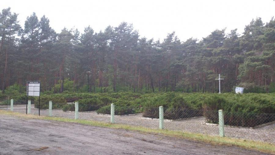 Friedhof Stalag III C in Alt Drewitz, Foto: Klaus Ahrendt
