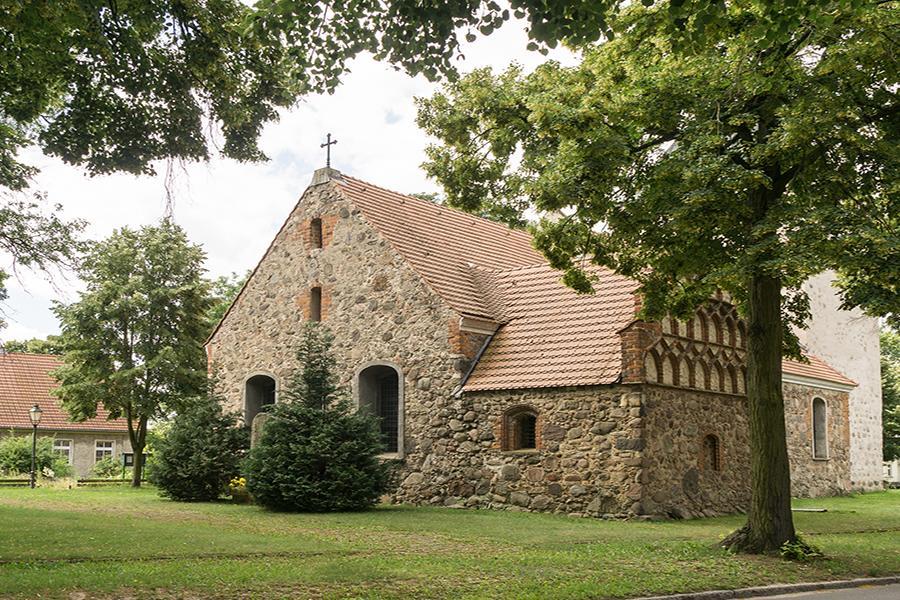 Dorfkirche Schönerlinde_Foto: Weigelt