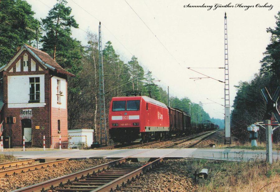 145 007  bei der Blockstelle Reetz an der Kanonenbahn (Berlin-Rosslau-Dessau)
