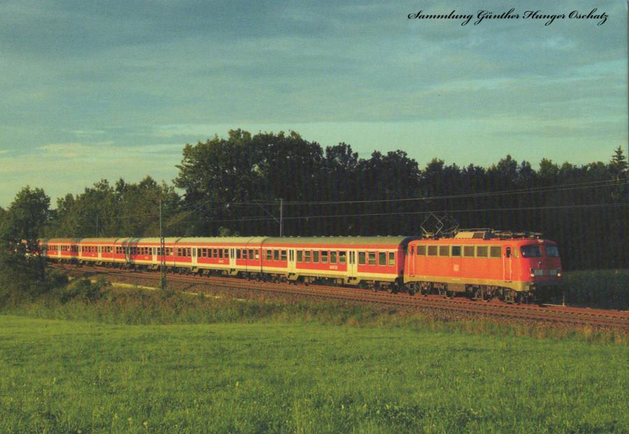 110 320 8 DB AG  mit Nahverkehrszug bei Hilperting