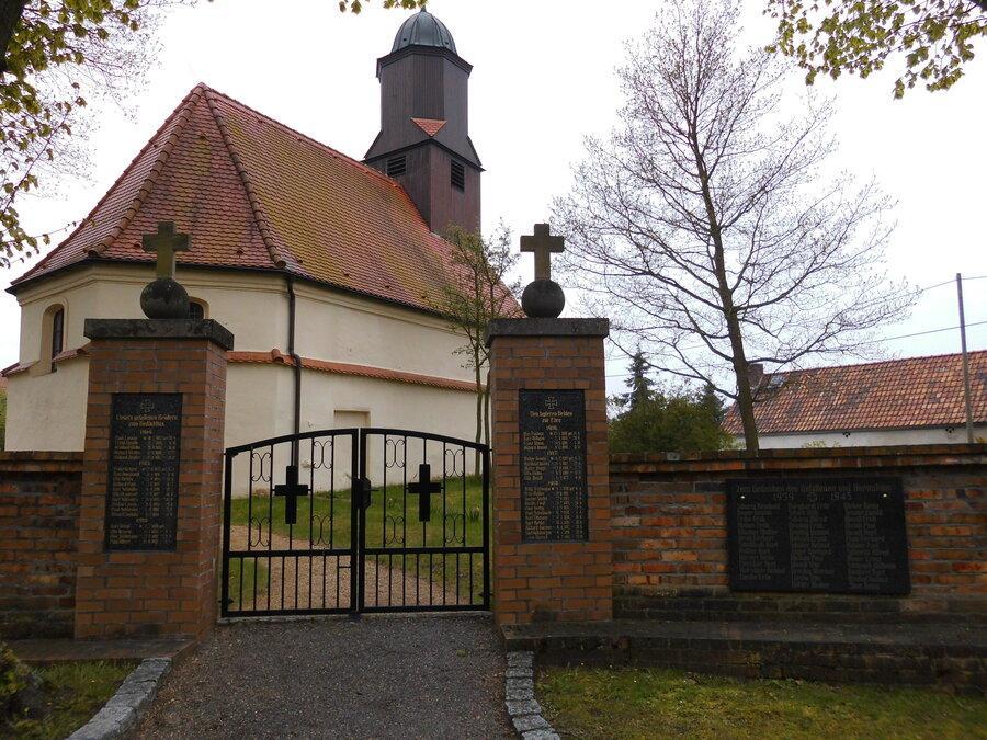 Kirche04®Roland Karl