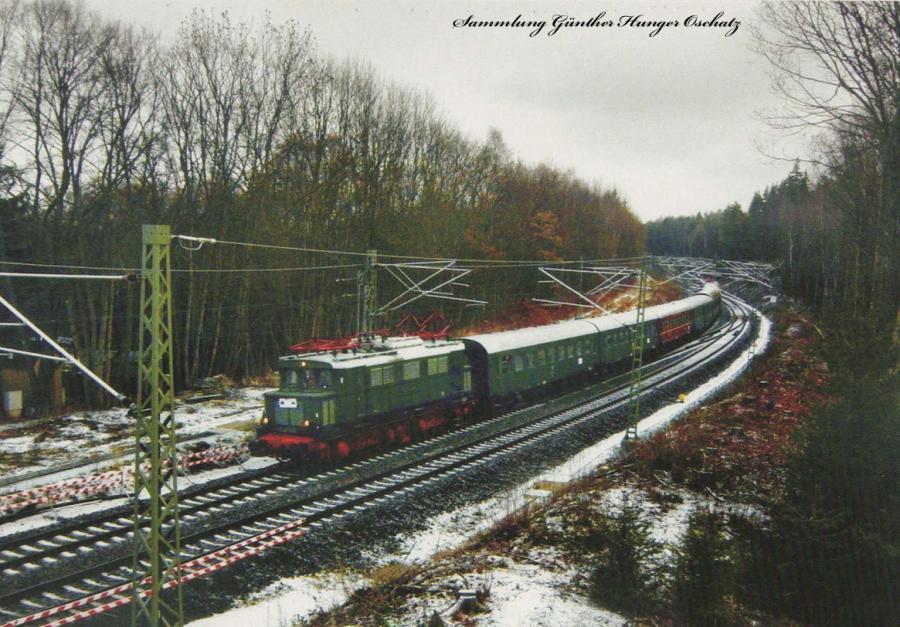 Elektrolokomotive E 44 044 (Schlusslok 243 004)  zur Werkstattfahrt anlässlich der Elektrifizierung Reichenbach-Hof bei Mehltheuer