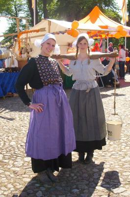 »Hollandse Meisjes« beim Orangefest ...