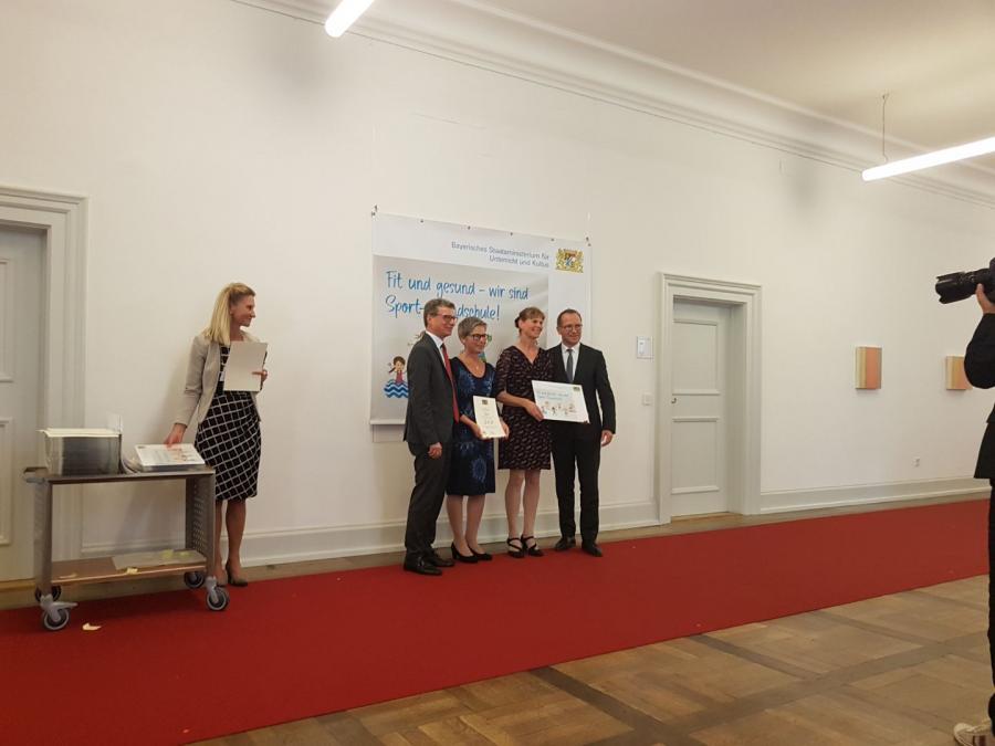 Preisverleihung Profil Sport-Grundschule