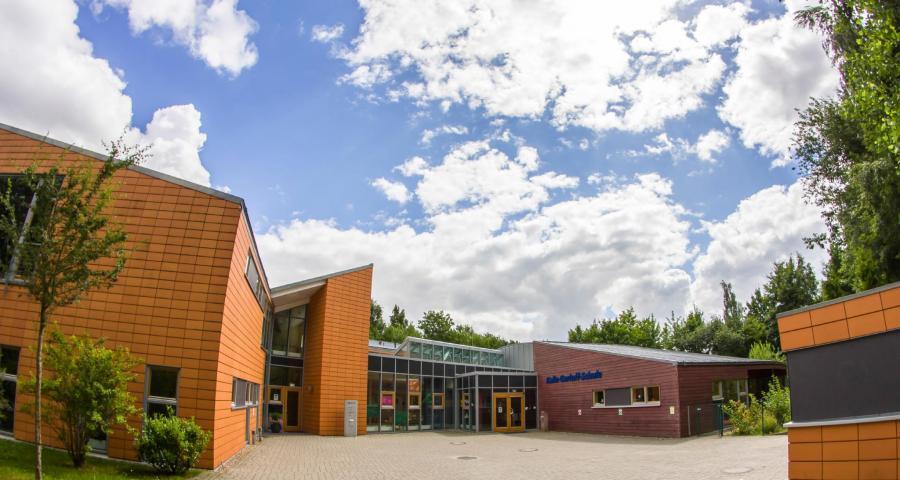 Die Zentrale der Lebenshilfe Buxtehude e.V. mit den Räumlichkeiten der Kalle-Gerloff-Schule an der Apensener Straße