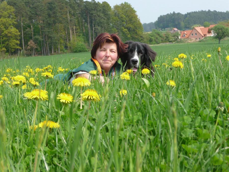 Christa Thumshirn mit Hund