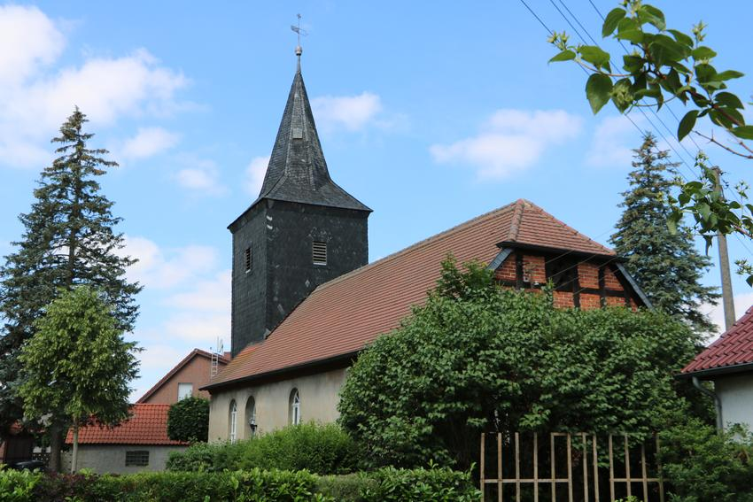 restaurierte Dorfkirche