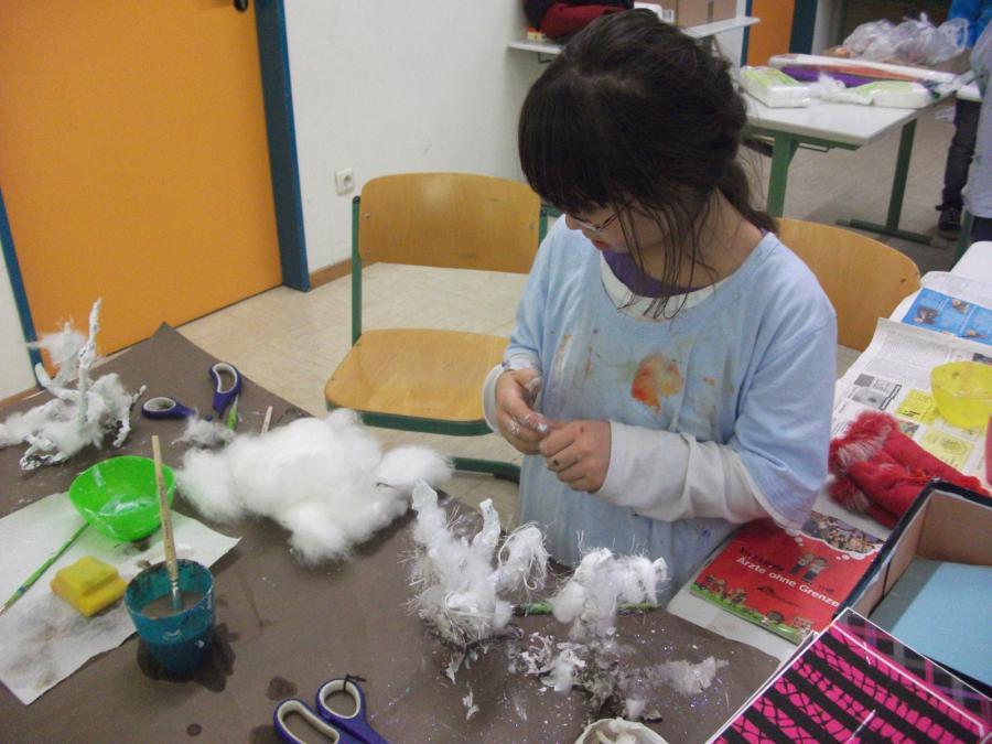 Schneebäume aus Draht, Gips und Watte