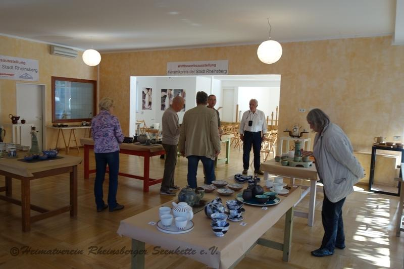 Jury - Ausstellungsraum Rhinpassage Rheinsberg zum 24. Rheinsberger Töpfermarkt 2018