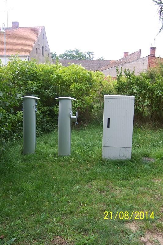 Biwakplatz Grütz - Münzsäulen für Wasser Strom