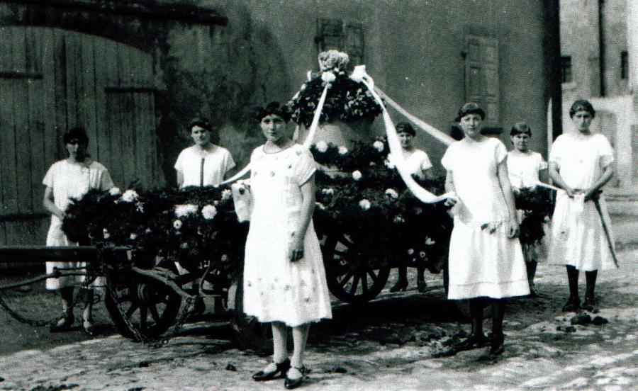 Ehrenjungfrauen