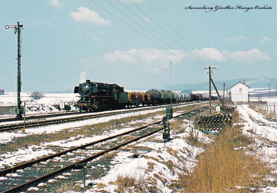 044 671 wartete im Frühjahr 1976 im Bahnhof Osterhagen auf die Weiterfahrt