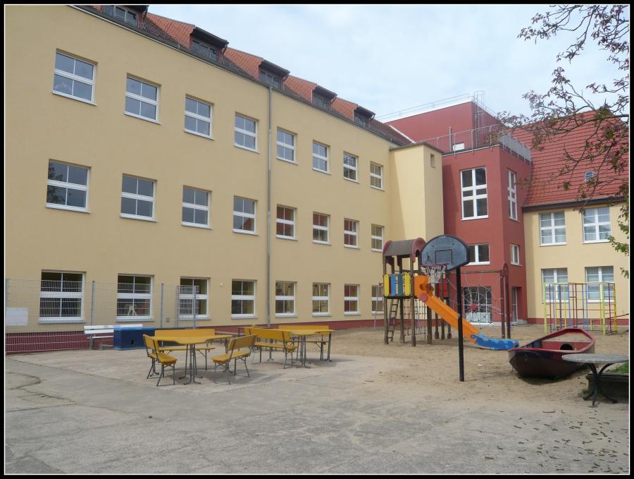 Kita Innenhof2