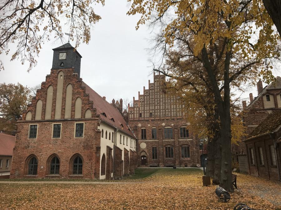 Kloster Zinna Herbstansicht