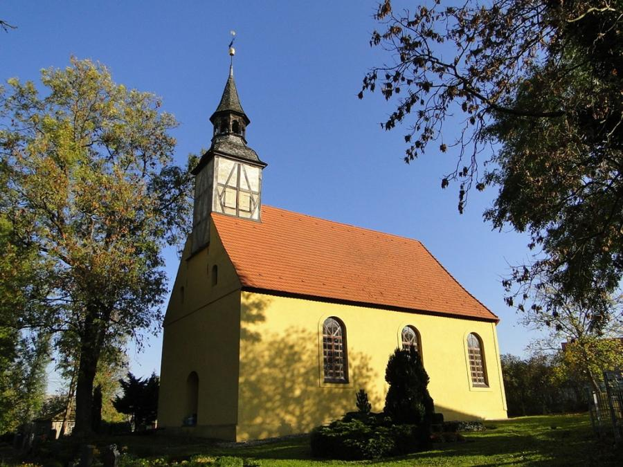 Kirche in Mallin