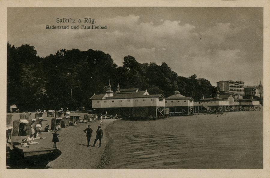 12 Saßnitz Badestrand u.Familienbad
