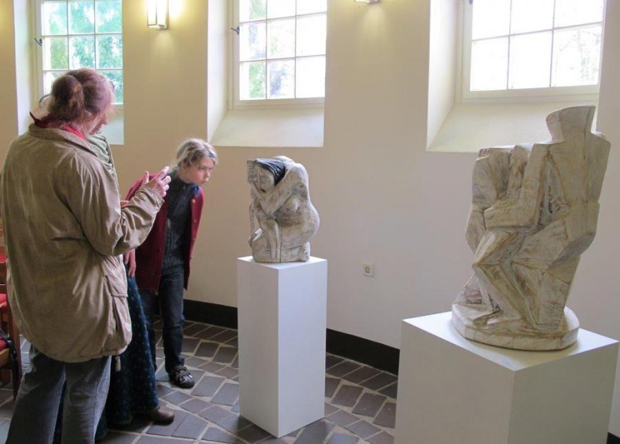 13. Kapellenabend Künstlergespräch . Neue Skulpturen zum Thema Abschied